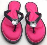 기억 장치 거품 안창과 유리 모조 다이아몬드 빛나는 아름다운 플립 플롭을%s 가진 재고 슬리퍼 PVC 결박