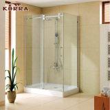 Sala de ducha de acero inoxidable con bandeja y purgador