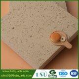 Pedra bege de quartzo da faísca da absorção de baixa água para a parte superior da vaidade