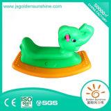 Cavallo di oscillazione di plastica del giocattolo di plastica dei bambini per divertimento