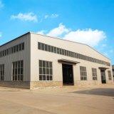 Estructura de acero con frontones taller y almacén con grúa
