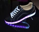 De hete Verkopende Nieuwe Toevallige Schoenen van de Mensen van het Ontwerp met Lichte Outsole in Goede Kwaliteit en Beste Prijs