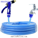 Nettoyage flexible de tuyaux d'eau de jardin
