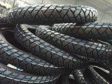Motorrad-Reifen und Gefäß