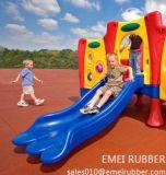 Plancher en caoutchouc de jardin d'enfants antidérapage avec En1177