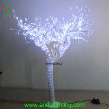 豪華な木は結婚式の装飾をつける