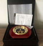 Часы стола каркасных часов каминной доски рояля шкалы римских круглых деревянных деревянные