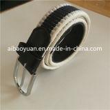 アイレット穴が付いている非弾力性ベルト、ナイロンベルトの円形のバックル