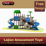 Ce magnifique terrain de jeux de plein air de l'École d'amusement des enfants (X1232-2)