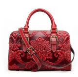 2017 Formleistungsfähige rote lederne Tot-Entwerfer-Handtaschen für Frauen
