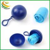 Kundenspezifisches PET Wegwerfregen-Poncho-Kugeln mit Keychain