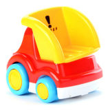 O carro elétrico do brinquedo plástico da face do sorriso para miúdos tem o divertimento