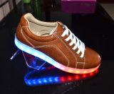 Hot Sale LED d'usine de chaussures occasionnel