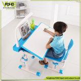 Les enfants de l'étude bureau et chaise en plastique bleu Porte-crayon Kids Table de travail à domicile