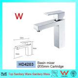 Filigrane sanitaire d'articles et mélangeur en laiton carré à levier unique Tapware (HD4203) de bassin de Wels