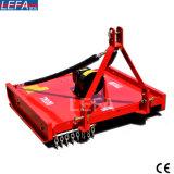 Maaimachine Topper van de Tractor Z.o.z. van het landbouwbedrijf de Achteraan gemonteerde (TM140)