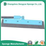 不均等な表面のクリーニング使用の閉じセル防水床のスクイージの泡