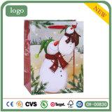 クリスマスの光沢のあるラミネーションのスノーマンの木靴のギフトの紙袋