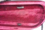 Caisse dure de violon de mousse de triangle avec la couleur rouge
