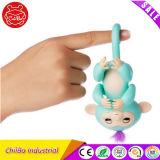 Het Stuk speelgoed van de Jonge vissen van de Aap van het Huisdier van de Baby van de vinger
