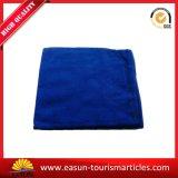 Progettare la coperta per il cliente di colore solido