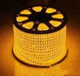 Indicatore luminoso di striscia luminoso eccellente di SMD 5050 110V LED con 60LEDs/M 100m/Roll per illuminazione domestica