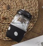 Mashroom Form-Flasche passen Wasser-Flasche an