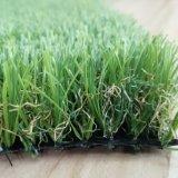 Erba artificiale del tappeto erboso del PE molle popolare per il giardino ed il paesaggio