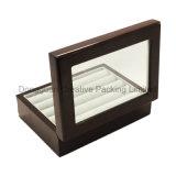 Rectángulo de madera de la mancuerna de la laca del final del piano con la ventana de cristal