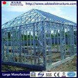 O aço elevado da estrutura classific a oficina da placa
