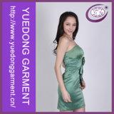 Зеленый молодых девушек Satin Strapless Peplum платье Yd-Sp8356