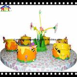 遊園地の子供の乗車12のシートのコンベヤーの蜂蜜の鍋のメリーゴーランド