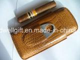 Cassa di sigaro di cuoio nera con il rivestimento interno del cedro