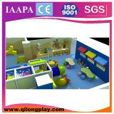 Patio de interior de los cabritos suaves del jardín de la infancia con el precio el bueno (QL-16-7)