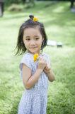 女の子のための100%年の綿の夏の子供の服
