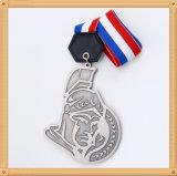 安いカスタマイズされた記念品のバッジの共通ブランクスポーツ賞のバッジ