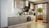 Modulare Küche-Schränke in den Lack-Enden
