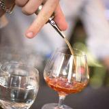 De Staaf van de Kurk van de Fles van de Wijn van het roestvrij staal levert het Spuiten Pourer van de Fles