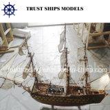 Modelo de barco de madera artesanal personalizada
