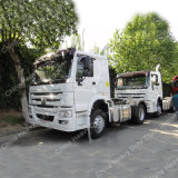 HOWO 371HP 4X2のユーロ2台の頑丈なトラクターのトラック