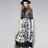 Vestito pieghettato stampato floreale luminoso dalle signore con il &Apparel del &Button di Bowknot