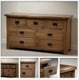 Gabinete de madera en muebles de dormitorio