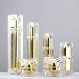 Quadratische kosmetische Sahneflasche und Glas vom Acryl