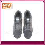 Les espadrilles respirables neuves de chaussures de course de type vendent en gros