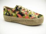 花ファブリック(ET-FEK160113W)が付いている新式の方法女性のジュートの靴