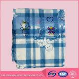 Fraldas de superfície secas do bebê do Sweety descartáveis