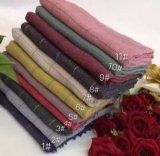 熱い販売法の正方形毛布のアクリルの編まれたスカーフ