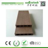 Decking di legno di colore WPC WPC di Decking/vuoto del giardino di alta qualità e di basso costo