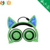 Colorer l'écouteur mignon de Bluetooth d'oreille de chat de DEL pour des filles
