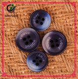 Le bouton rond noir de résine on classent pour le procès de pardessus de chemise